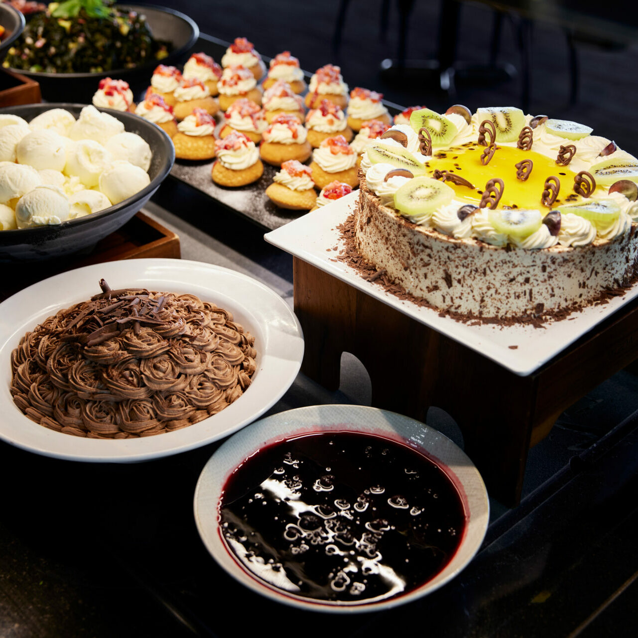 Hāngī Lunch Buffet (Not available in Level 2)